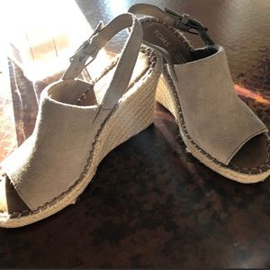 Toms suede open toe wedges